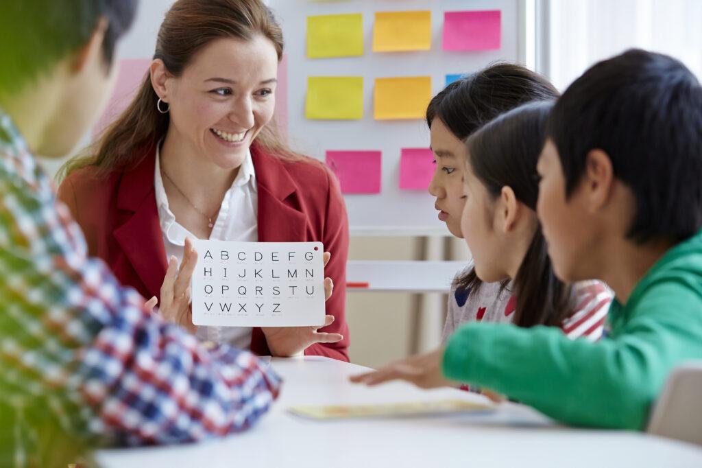 民間の学童を利用することで習いごとも兼ねることができました。また、送迎もあるため安心して仕事できるようになりました。